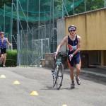 Simone dopo la frazione ciclistica alla gara di triathlon